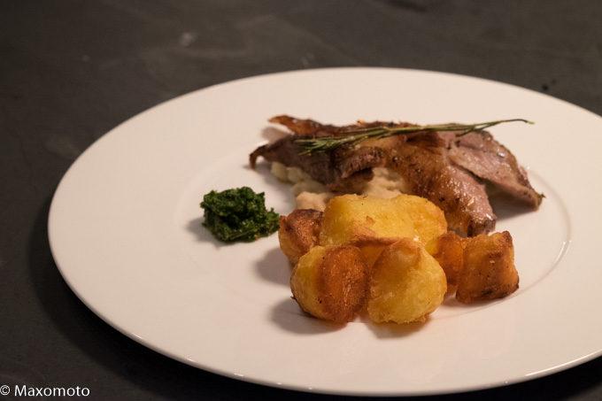 Jeden verdammten Sonntag: Lammschulter, Bohnenpüree und perfekte Röstkartoffeln